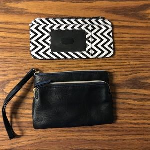 Set of wristlet and card wallet
